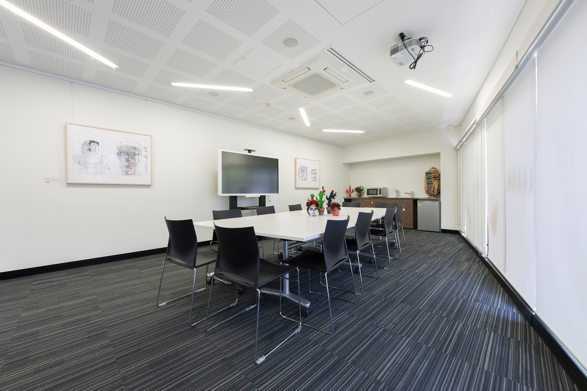 1311_belcoartscentre meeting room_LOWRES_001